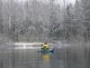 Gäddfiske bland is och snö