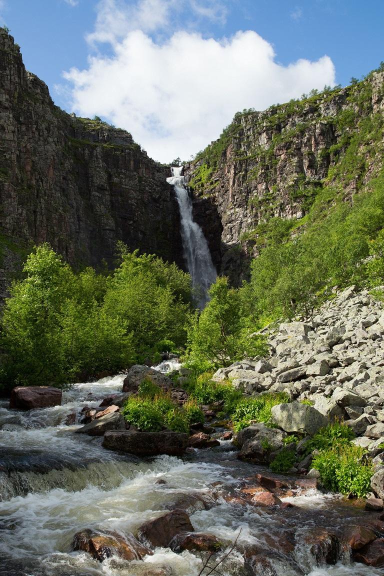 Njupeskär, Sverigs högsta vattenfall.