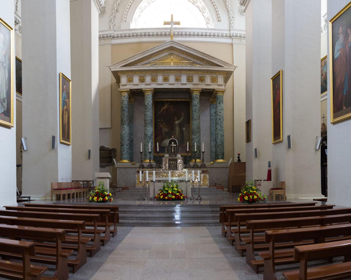Inuti katedralen