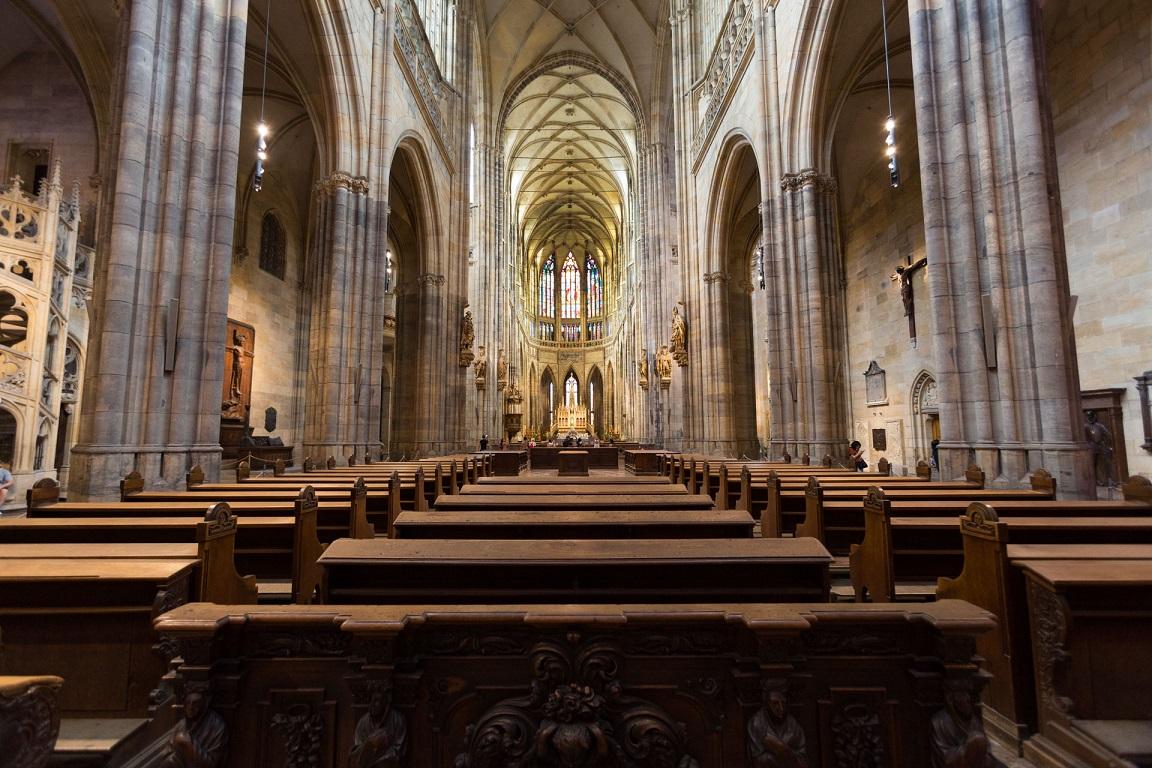Inuti St. Vitus Cathedral