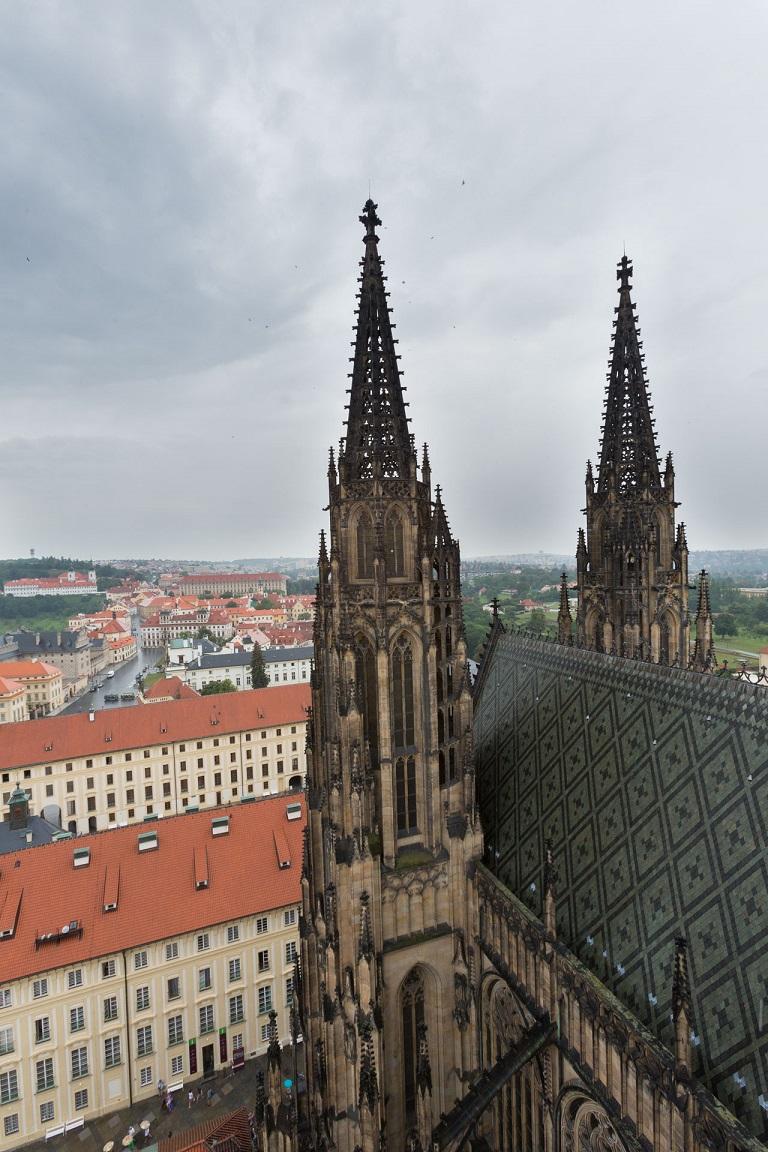 Från torn på St. Vitus Cathedral