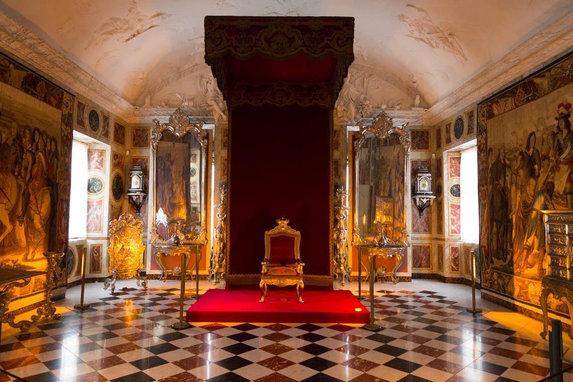 Tron, Rosenborgs slott
