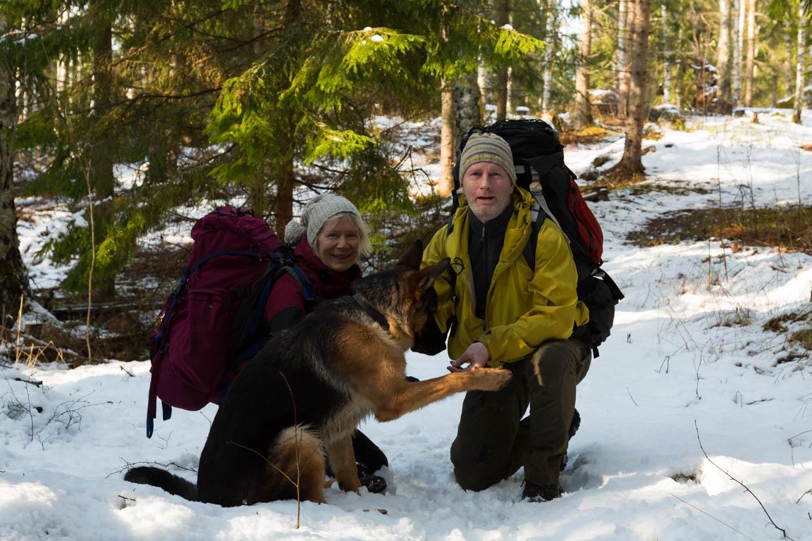 Det är inte alltid så lätt att ta bilder med hund :-)