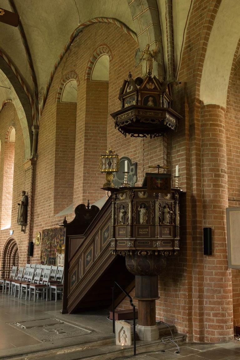 Predikstol i Mariakyrkan