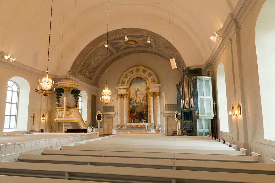 Inuti Järvsö kyrka