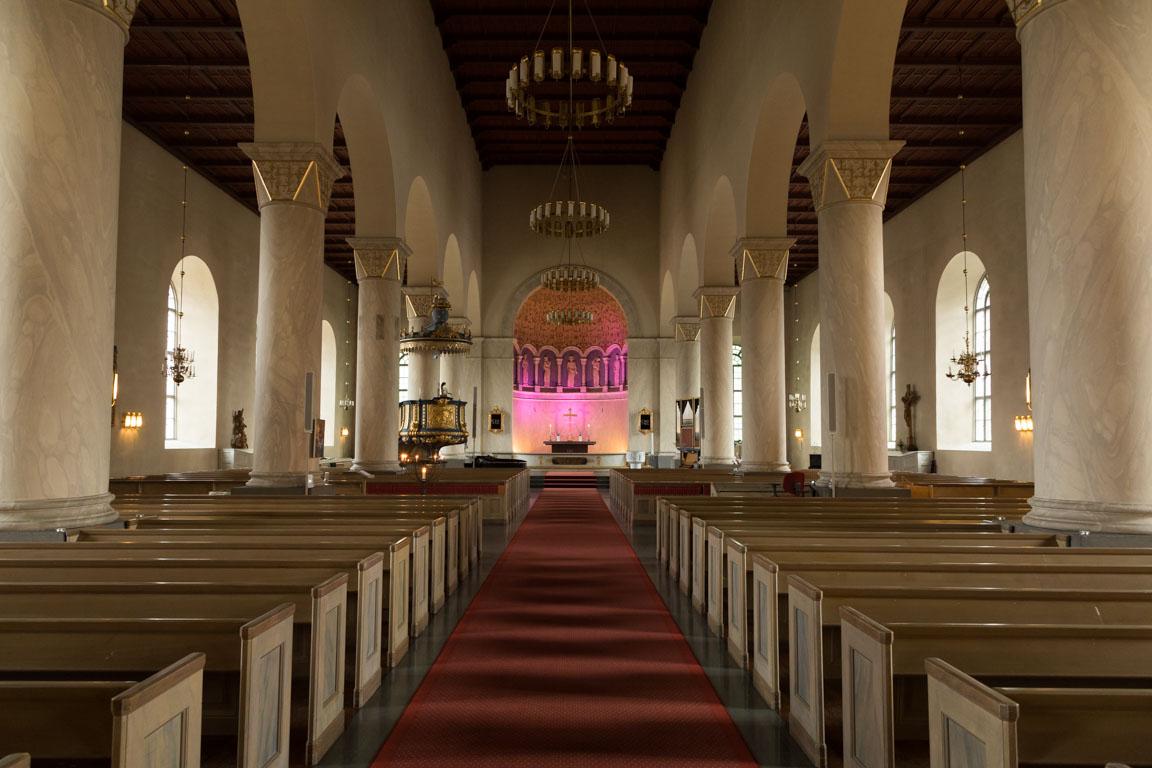 Inuti Färila kyrka