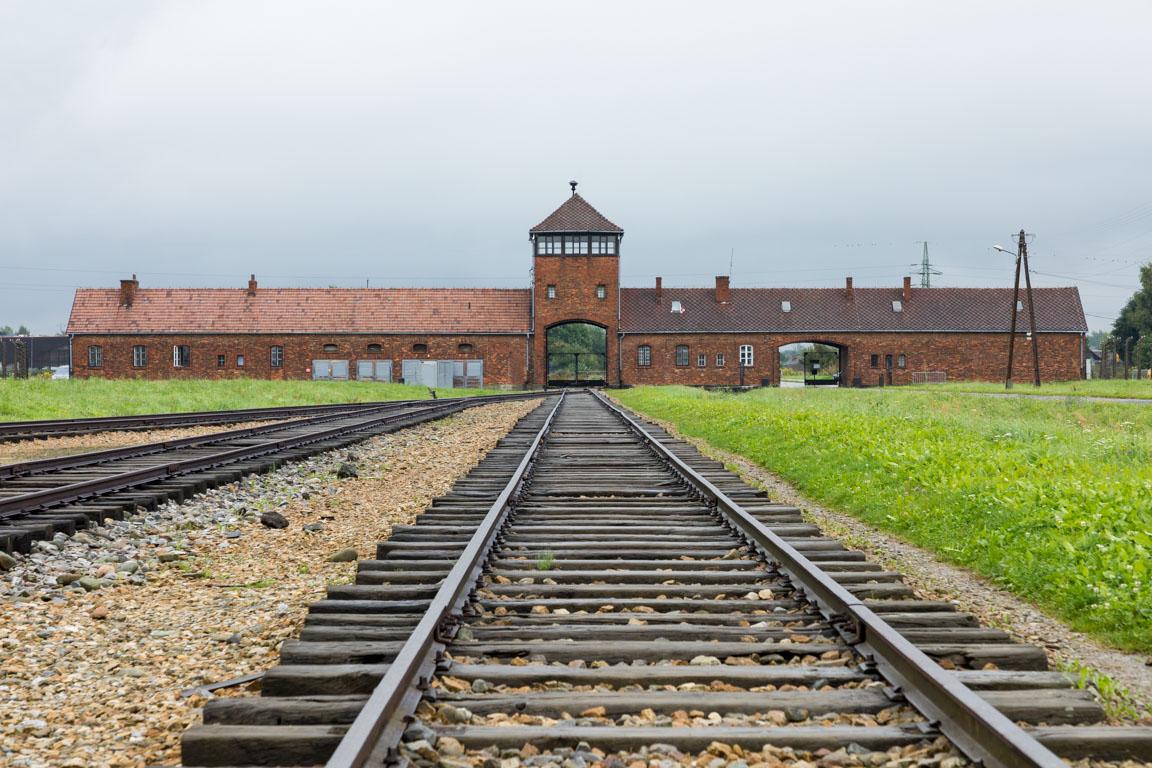 Porten till Auschwitz II Birkenau